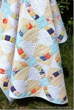 Metro Hoops Quilted... Great pattern, piecing and quilting!