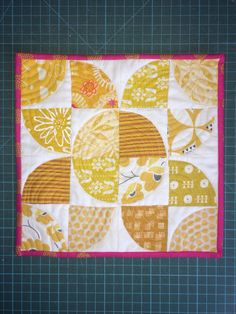 Sunflower Quilting Ideas, Quilts, Blanket, Crafts, Inspiration, Biblical Inspiration, Manualidades, Quilt Sets, Blankets