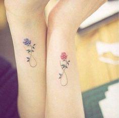 z20245904Q,Delikatne-tatuaze---kwiaty.jpg 620×615 píxeles