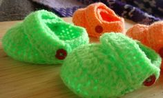 Free Ravelry Download. Baby Croc