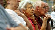 Yaşlı grupta intihar; kronik hastalıklar, bağımlılık ve yeti yitimleri nedeniyle diğer yaşlara göre daha fazla görülmektedir. Kaynak: http://dergipark.ulakbim.gov.tr/hunhemsire/article/view/5000052905/5000050221