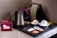 Hotel Crowne Plaza Bardelona -Amenity room detail -Nespresso coffee machine & Kettle in all our rooms