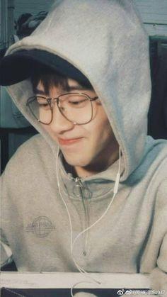 Asian Boys, Asian Babies, Asian Men, Ulzzang Couple, Ulzzang Boy, Song Wei Long, Korean Boy, Cute Teenage Boys, Hot Teens