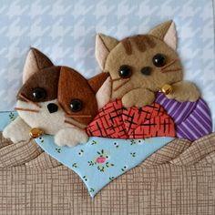 Cat Quilt Patterns, Quilt Square Patterns, Applique Patterns, Applique Designs, Cat Applique, Applique Quilts, Crazy Quilting, Cute Quilts, Baby Quilts