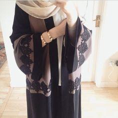 Aaliya Collections: Islamic Clothing, Abayas, Hijabs, Jilbabs and modest wear Islamic Fashion, Muslim Fashion, Modest Fashion, Fashion Outfits, Hijab Chic, Hijab Style, Modest Wear, Modest Outfits, Mode Abaya