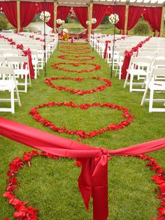 note the chair sashes tied in a line. Wedding aisle flower décor, wedding ceremony flowers, pew flowers, wedding flowers, add pic source on comment and we will update it. can create this beautiful wedding flower look. Outdoor Wedding Decorations, Wedding Themes, Wedding Designs, Wedding Colors, Outdoor Weddings, Aisle Flowers, Wedding Ceremony Flowers, Rose Petal Aisle, Rose Petals