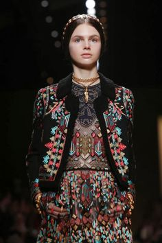 GIO KATHLEEN: VALENTINO READY TO WEAR SS'14 PARIS