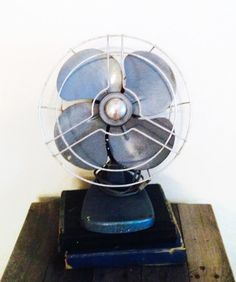 Hey, I found this really awesome Etsy listing at https://www.etsy.com/listing/193348690/vintage-fan-koldaire-electric-fan