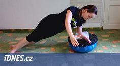 Minule jsme vás seznámili se základními cviky na ramena, nyní se podíváme o kus dál. Cvičení s půlmíčem vám nabídne náročnější cviky, které dají víc zabrat. Ale budou vás bavit.