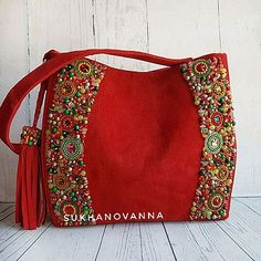 Магазин мастера Суханова Анна SukhAnna (nusyas) на Ярмарке Мастеров   Орск Handbag Patterns, Bag Patterns To Sew, Bridal Handbags, Potli Bags, Bag Pattern Free, Art Bag, Boho Bags, Beaded Bags, Quilted Bag