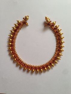 31 Beautiful Haram Designs You Will Only Find On This Brand! Kerala Jewellery, India Jewelry, Temple Jewellery, Antique Necklace, Antique Jewelry, Gold Necklace, Short Necklace, Sapphire Necklace, Simple Necklace