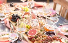 Dinner Party Spotlight: One Stylish Party - Fashionable Hostess Adult Birthday Party, Birthday Dinners, 21st Birthday, Birthday Table, Fashionable Hostess, Summer Party Decorations, Wine And Cheese Party, Rose Decor, Mothers Day Brunch