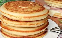 Soft and delicious pancakes - cuisine - Crepes, Pain Pizza, Tasty Pancakes, Waffle Recipes, Savoury Cake, Mini Cakes, Clean Eating Snacks, Sweet Recipes, Breakfast Recipes