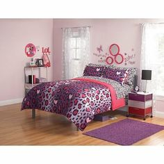 Love this for Reese Amazon.com: 3pc Girl Pink Purple Black Heart Love Leopard Cheetah Print Full Comforter Set: Home & Kitchen