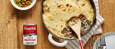 This Shepard's Pie recipe is perfect for a fast and easy weeknight dinner. Made with cream of mushroom soup and instant mashed potatoes, this family favorite comes together in just 30 minutes. Pie Recipes, Cooking Recipes, Recipies, Casserole Recipes, One Dish Dinners, Easy Dinners, Campbells Soup Recipes, Easy Shepherds Pie, Kitchens