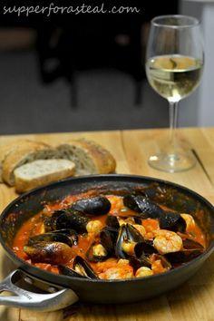 portuguese mussels & shrimp in chorizo sauce (mexilhões e camarão em molho de chouriço)