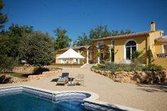 Provence Fayence gîte te huur (4pers)met zwembad - Te gast in huis Vlamingen - gunstige prijzen voor hoog seizoen.- 45 min van Nice - op verdere site ook mooie huizen in de Provence maar wel wat duurder.