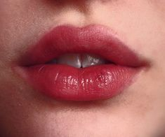 Image about lips in Annie by space cowgirl on We Heart It Pretty Makeup, Makeup Looks, Lip Makeup, Beauty Makeup, Heart Shaped Lips, Lip Augmentation, Lip Shapes, Lip Fillers, Glossy Lips