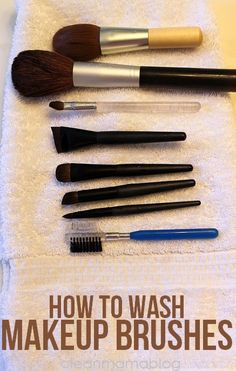 Restore your makeup brushes to their original fluffy goodness. Pick your favorite method from these these easy options. How to Wash Makeup Brushes - Clean Mama Beauty Secrets, Diy Beauty, Beauty Makeup, Beauty Hacks, How To Wash Makeup Brushes, Real Techniques Brushes, Baby Shampoo, Tips Belleza, Health And Beauty Tips