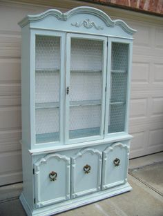 China hutch redo :)    http://www.facebook.com/MyHappyPlacebyDeannaCheriese