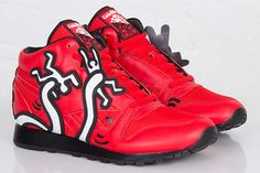 KEITH HARING x REEBOK CLASSIC LEATHER MID LUX