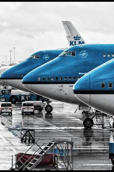 "Some beautiful KLM sitting adjacent on the ""tarmac"" A380 Aircraft, Passenger Aircraft, Commercial Plane, Commercial Aircraft, Airport Architecture, Royal Dutch, Airplane Wallpaper, Boeing 747 400, Airplane Flying"