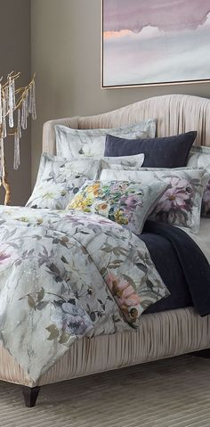 Looking for designer bedding sets? Find a sumptuous collection of designer and luxury bedding sets from all the top brands. Pottery Barn Teen Bedding, Home Building Design, Bed Reviews, Luxury Bedding Sets, Beautiful Bedrooms, Bed Covers, Bed Design, Comforter Sets, Diy Home Decor