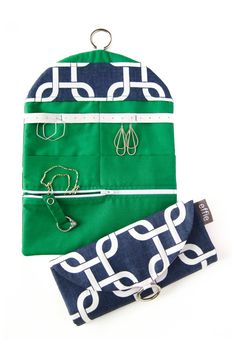 travel jewelry organizer - modern links in navy and white with grass green lining