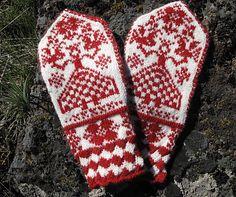 Ravelry: Maryushka Mittens pattern by Cynthia Wasner