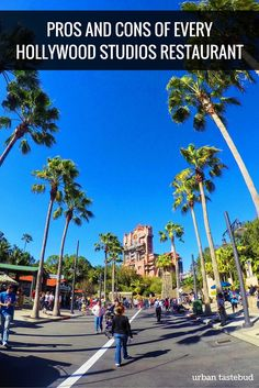 Best Hollywood Studios Restaurants - Pros and Cons (and Tips!) Pros and Cons of Every Hollywood Studios Restaurant Hollywood Studios Restaurants, Best Disney World Restaurants, Disney World Hollywood Studios, Disney World Parks, Disney World Planning, Disney World Vacation, Disney World Resorts, Disney Vacations, Disney Trips