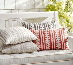 Sunbrella® Saratoga Indoor/Outdoor Pillow