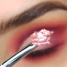 Make up This coloration combos are near Tangerine which is common. Do this pink eye make-up in your Makeup Eye Looks, Pink Eye Makeup, Beautiful Eye Makeup, Smokey Eye Makeup, Pretty Makeup, Eyeshadow Makeup, Eyeshadow Palette, Mua Lipstick, Colourpop Eyeshadow