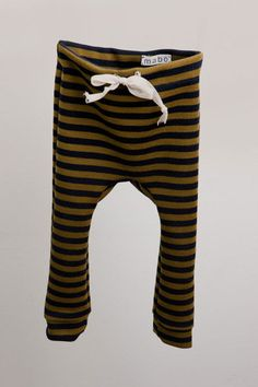 If you know how to use a sewing machine, these would be an easy weekend project. Endless sweatpants for baby- yes please.