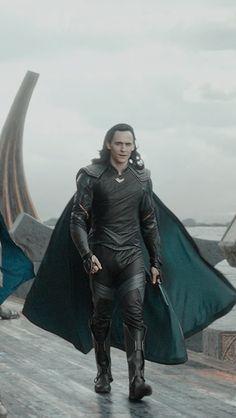 Loki Avengers, Loki Thor, Loki Laufeyson, Marvel Heroes, Marvel Avengers, Loki Wallpaper, Avengers Wallpaper, Tom Hiddleston Loki, Marvel Comics