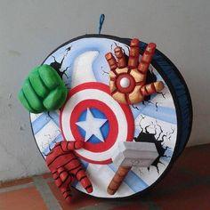 Birthday Pinata, Costume Birthday Parties, Star Wars Birthday, Avengers Birthday, Superhero Birthday Party, Man Birthday, Man Party, Avenger Cupcakes, Avenger Cake
