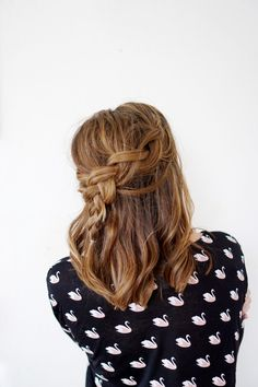 3 Braids Perfect For Second Day Hair | A Balancing Peach