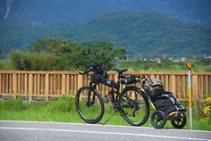 Electric Mountain Bike and Travoy combo touring in Taiwain! #bike #burley #travoy #Taiwan #Touring Burley Trailer, Montague Paratrooper, Burley Travoy, Montague Bike, Electric Mountain Bike, Bike Trailer, Bike Accessories, Mountain Biking, Taiwan