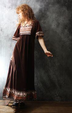 Vintage Dress 1970s Bohemian Hippie Woodstock Festival Dress Flutter Sleeve Ruffle Hem   ♥Label: JC Penney Fashions ♥Tag size: 7/8 ♥Fabric: 80% arnel, 20% nylon