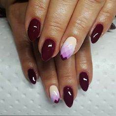 Geometric ombre nails