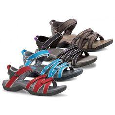 De #Tirra #damessandalen van @Teva  zijn ontzettend comfortabele #sandalen die ook in het water gedragen kunnen worden. Multifunctionele #Teva's! #dws