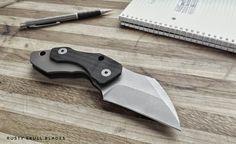 Rusty Skull Blades, Friction Folder