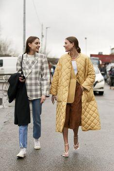 Obožavamo modu na ulicama Kopenhagena – ovako to izgleda posljednjih dana u g… Street Look, Autumn Street Style, Street Style Women, 2000s Fashion, Look Fashion, Fashion News, Fashion Hacks, French Fashion, Fashion Fall