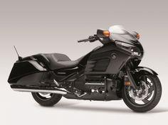 Honda Goldwing F6B in black #f6b #goldwing #honda #2013