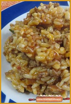 Risotto sardo , un primo piatto appetitoso e facile da preparare ! #risottosardo #primipiatto #risottofacile #ricettarisotto #ricettefacili #ricettegustose Light Recipes, Wine Recipes, Cooking Recipes, Quinoa Rice, Orzo, Stuffed Hot Peppers, Couscous, Paella, Italian Recipes