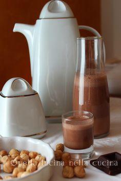 Latte alla nutella -nutella milk #lattevegetale #nocciole #cacao #veganfood