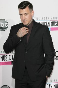 Carey Hart... he cleans up well