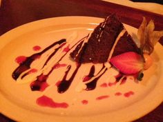 Some Chinese Take Out: #Fiamo #Italian Kitchen - it's Dine Around again! Flour-less #Chocolate Cake