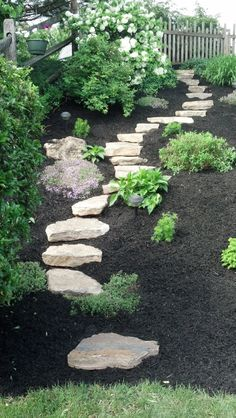 Natural Stone Steps in landscape Stone Path, Stone Steps, Stone Work, Garden Stairs, Garden Stepping Stones, Front Yard Landscaping, Front Walkway, Landscaping Ideas, Garden Deco