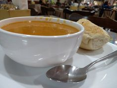 Aquela sopa de abóbora e camarão que você respeita.
