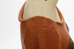 Jennette Cross - Haunt and Fade. (FF - Challenge Love the neckline! Knits, Knitted Hats, Knitwear, Fiber, Challenges, Neckline, Knitting, Fashion, Moda